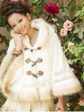 2012 Prety Women Ox Horn Buttons Hooded Cape Short Coat
