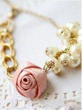Lady's Stylish Rose Flower Design Pearl Bracelet