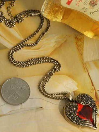 European Retro Heart-shaped Artificial Ruby Necklace