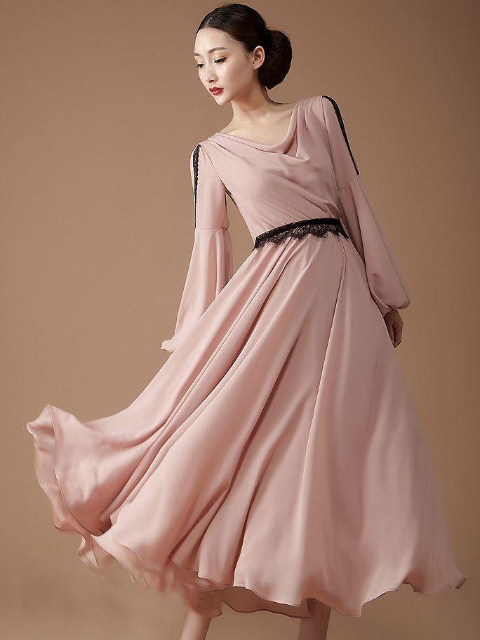 Exceptional Temperament Lace Patchwork Off Shoulder Lantern Sleeve Maxi Dress