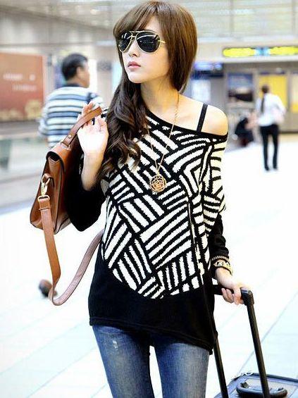 Street Snap Geometric Pattern Color Block Round Neck Long T-Shirts