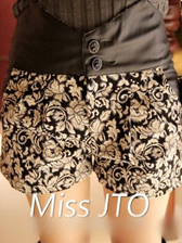 Easy Matched PU Splicing Floral Printing Cozy Short Pants