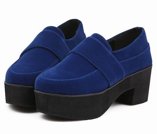 Latest Hot Sale Fashion Joker Pure Blue Chunky Flats