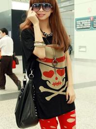 Korea Stylish Round Collar Skull Pattern Pure Color Loose Fitting Short Bat Sleeve T-Shirt