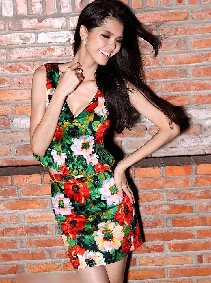 Twinset Dress Low-Cut V-Neck Flower Ruffles Sleeveless Cropped Tops&High Waist Package Hip Short Skirts