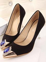 Popular Series Chic Designed Diamond Decorated Color Black Sharp Toe Thin Heels Flats
