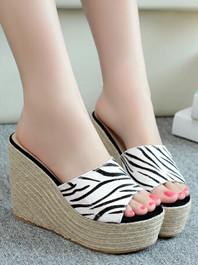 Summer New Item Korean Fashion Genuine Leather Color Block Weaved Platform Wedge Peep-toe Slippers