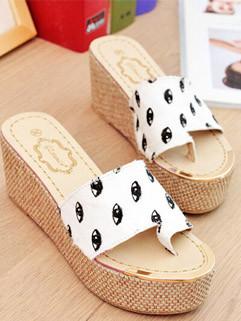 2014 Best Selling Korean Fashion Comfortable Eyes Pattern Printing Toe Clip Wedge Platform Women Slippers