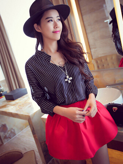 European 2014 Autumn Fashion Blouse Individual Adorable Stripe V-Neck Batwing Sleeve Women Casual Blouse