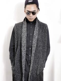 2014 Autumn New Stylish Men Sweater Pure Color Cardigan Sleeveless Lapel Black Sweater L XL