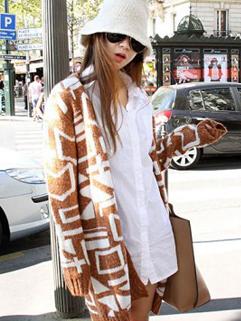 Winter Korea 2014 Sweater Geometric Pattern Long Sleeve Loose Cardigan Street Style Sweater