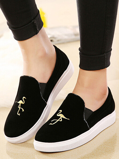 Wholesale Black Round Toe Deep Flat Heel Exquisite Embroidery Casual Womens Flat
