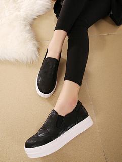 New Arrival Black Round Toe Flat Trendy Design Casual Wear Womens Flat