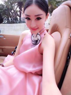 Womanly Halter Neck Stereo Flowers Elegant Dress Smart Waist Fluffy Homecoming Dress