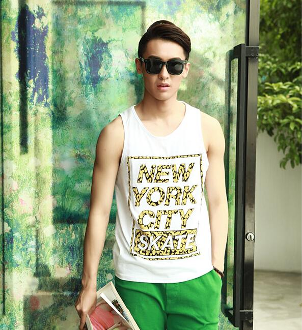 Japanese Retro Style 2015 Latest Summer Design Men Fashion Yellow Letter Printed Pattern Tourist Vest