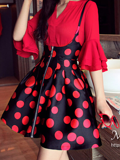 New Arrival Classic Look Red Dot Printed Fluffy Zip Up Strap Dress