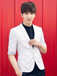 Solid Color Half Sleeve Slim Fit Flap Pockets Mens Suit