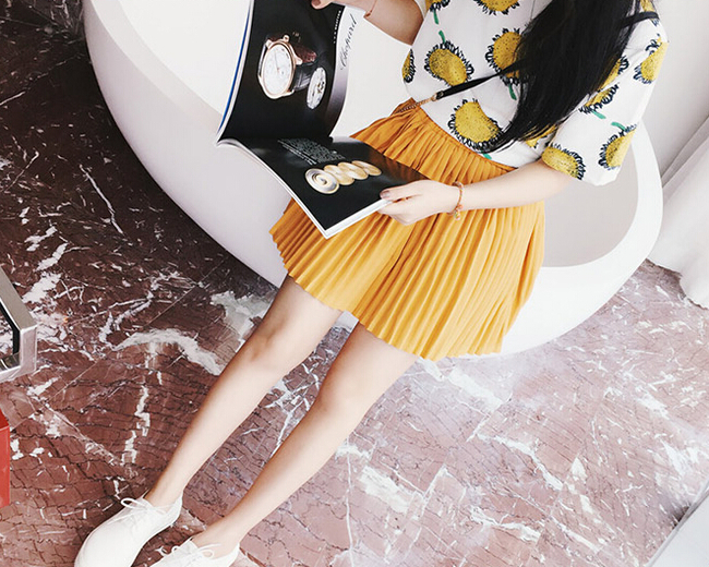 New Collection Cheap Solid Color Pleated Korean Skirts