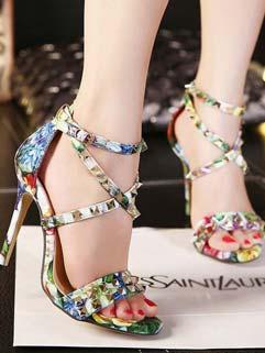 Best Selling Front Cross Rivets A Buckle Flower Print Pumps Womans Shoes