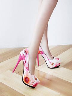 Ladylike Pink Floral Printed Platform Pump For Women