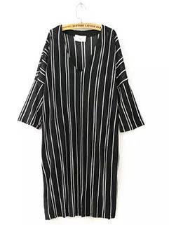 Wholesale Simple Design Women Striped MD-Long T-Shirt Dresses