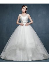 Beautiful Women Elegant Floral Lace Embroidery Tailing Wedding Dress