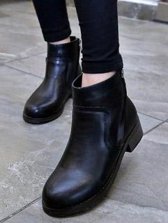 Korean Classical Style Round-toe Side Zipper Black Boot