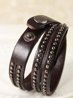 Punk Style Individual Leather Hasp Rivets Decor Women Bracelet