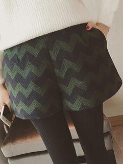 Vintage Low-cost High Quality Green Chevron Print Women Short