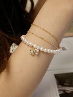 Cute White Low-cost Alloy Bracelets