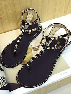 Wholesale Fashion Rivets Flat Women Sandal