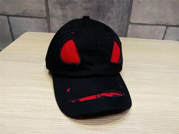 Korean New Worn-out Hole Fashion Caps