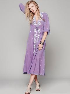 Wholesale Embroidery V Neck Lack-up Bohemian Maxi Dress