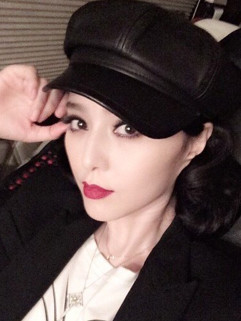 Korean Famous Beret PU Hat
