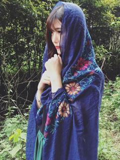 Japan Style Print Floral Pashmina Scarf