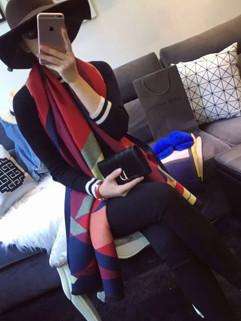 Popular Geometric Pattern Fashion Scarves