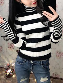 Fashion Striped Women Turtleneck Sweater