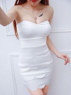 Sexy Backless V Neck White Strapless Dress