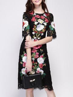 Noble Eyelash Trim Floral Dress