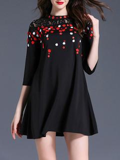O Neck Embroidery Floral Black Short Dresses