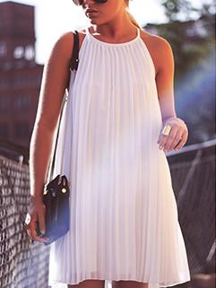 Pleated Design Sleeveless Halter Dress