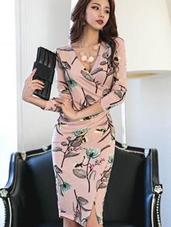 VElegant OL Slim V-Neck Floral Smart Waist Dress