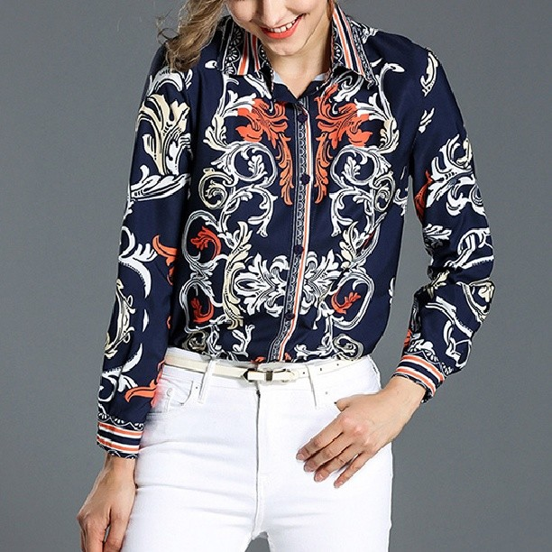 National Style Lapel Embroidery Blouse