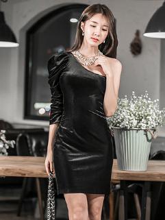 Korean Inclined Shoulder Solid Wrap Velvet Party Dress