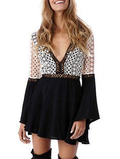 Hot Selling V-Neck Lace Patchwork Flare Sleeve Dress