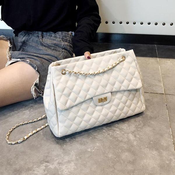 Large Capacity Pure Diamond Pattern Chain Bag