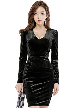 Korean Design V-Neck Fitted Black Dresses