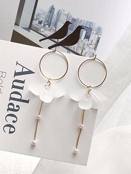 Korean Easy Matching Petal Pearls Earrings