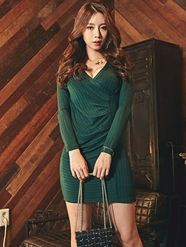 Winter Low-Cut Fitted Long Sleeve Dress