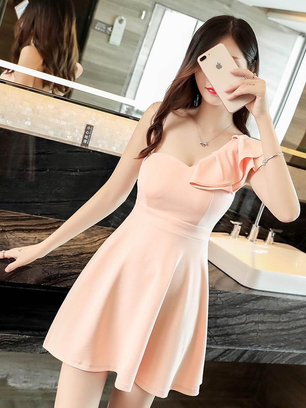 One Shoulder Ruffles Smart Waist Sexy Dresses